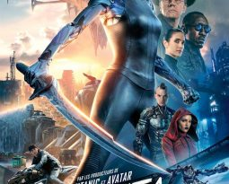 Critique Film – Alita : Battle Angel de Robert Rodriguez avec Rosa Salazar, Christoph Waltz